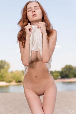 Sexy redheads nude with cameltoe pussy
